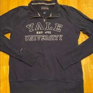 Yale university pullover sweater large